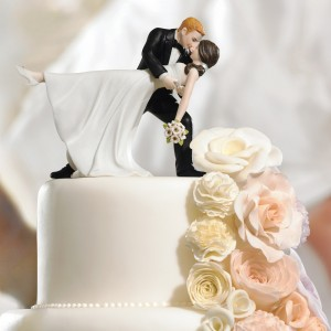 Bride and Groom Romantic dip