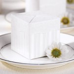 wilton-favor-boxes-flirty-fleur-favor-box